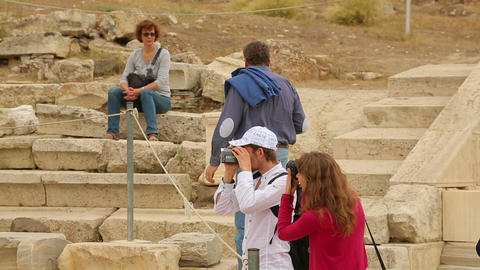 People with cameras taking pictures of well-known landmark, sightseeing tour Footage