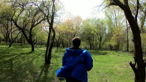 Runing man in the spring forest ライブ動画