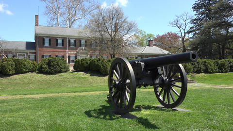 Fredericksburg Virginia historic Chatham Manor cannon Civil War 4K Live Action