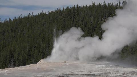 Old Faithful end of eruption Yellowstone 4K Footage