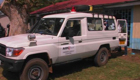 People distribute humanitarian aid in Africa Stock Video Footage