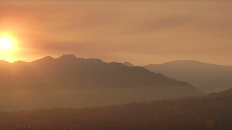 Time lapse of a smokey sunset from wildfires in Ojai,... Stock Video Footage