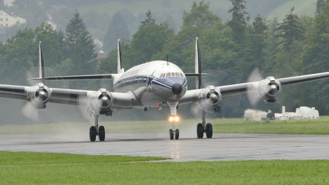 Historic Airliner Lockheed L-1049 Super Constellation (Connie) Take Off Live Action