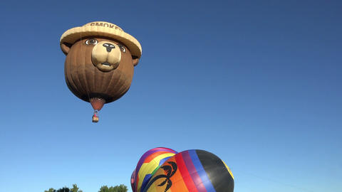 Smokey Bear Hot Air Balloon takeoff launch 4K 038 Footage