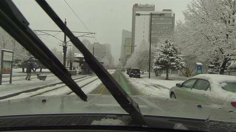 Urban road traffic business winter snow storm drive POV HD 0216 Filmmaterial