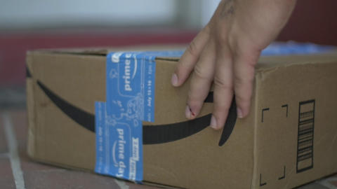 Amazon Com Package Delivery Capitalism Technology And Business Monopoly Live Action