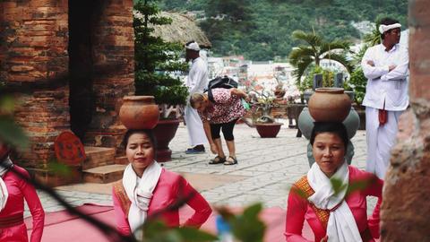 Traditional Vietnamese dance 4k Live Action