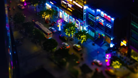 A night timelapse of miniature neon town at Nguyen Hue street in Ho Chi Minh Acción en vivo