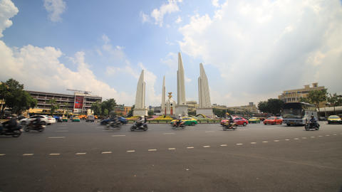 Time lapse of democracy monument with cloud in Bangkok, Thailand Live Action