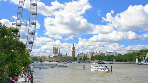 View of the Thames and Big Ben on a sunny day Live Action