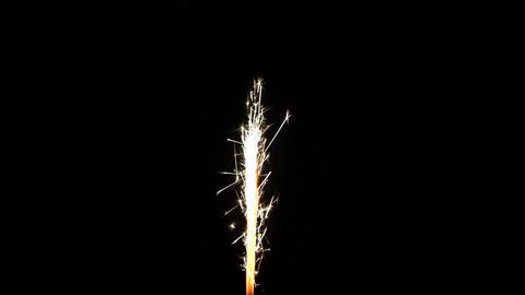 Long spakler burning on black background HD PNG 25FPS ビデオ