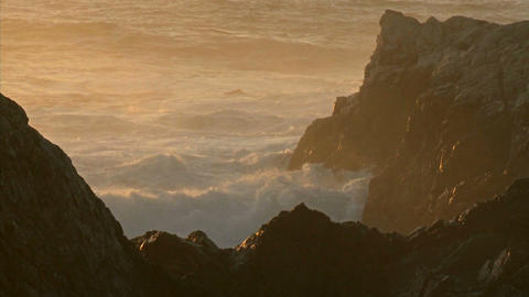 Winter waves and surf pound the rocks of the Big Sur... Stock Video Footage