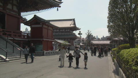 A young family shares a warm spring day at the Senso-ji... Stock Video Footage