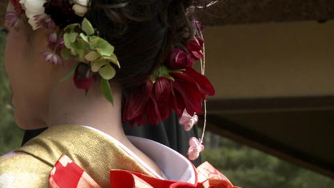 A vertical pan of a young bride in a kimono in Okayama,... Stock Video Footage