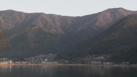 Pan across Lake Kawaguchi, a popular tourist destination... Stock Video Footage