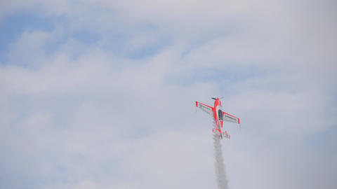 World champion performs aerobatics Live Action