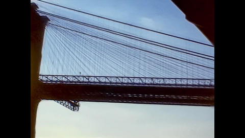 NEW YORK 1975: New York Brooklin Bridge in sunset time 2 Live Action