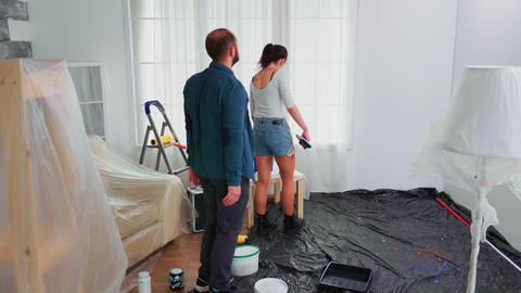 Couple renovating home Live Action