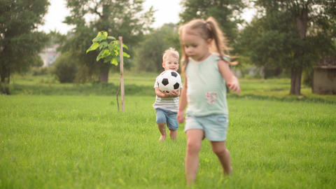 Childhood, games and entertainment, sports, physical culture, parks and open air Live Action