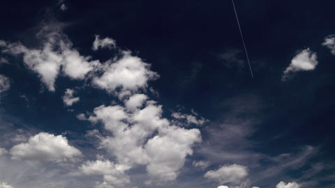 clouds on a beautiful day: timelapse Footage