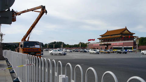 Crane repairman maintenance of Beijing Tiananmen street... Stock Video Footage
