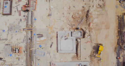 Aerial footage of a large construction site Filmmaterial
