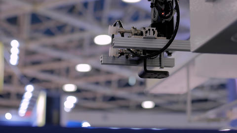 Automatic robotic arm manipulator with suction cups moves container lids, covers Live Action