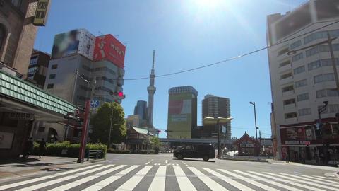 Intersection near Asakusa, Tokyo, Japan Acción en vivo