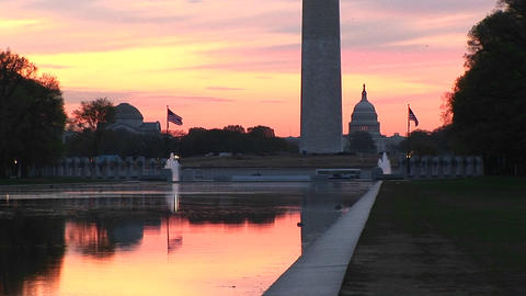 The Reflecting Pool in Washington, DC at base of... Stock Video Footage