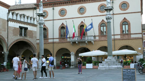 piazza del popolo in Ravenna ライブ動画