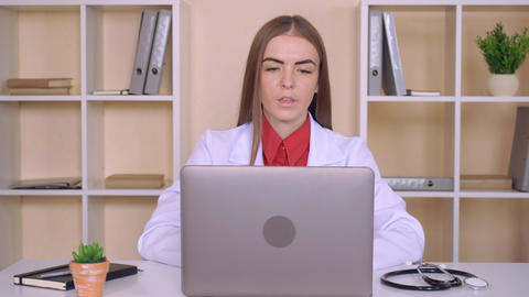 candid doctor use voip Live Action
