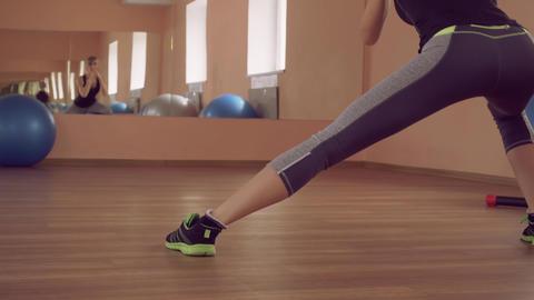 sportswoman intense physical exercise for strong legs ライブ動画