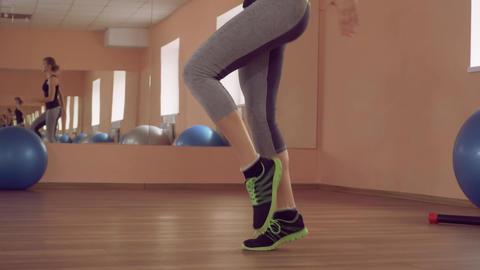 beautiful female intense physical cardio exercise ライブ動画