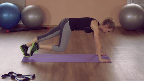 girl doing physical exercises strong abs ライブ動画