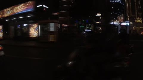 A slowmotion of night traffic jam at the downtown in Ho Chi Minh ライブ動画