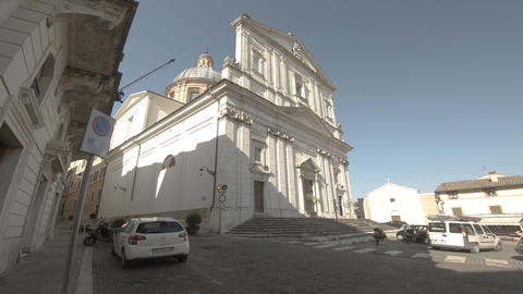 church of san filippo neri in the center of spoleto ライブ動画
