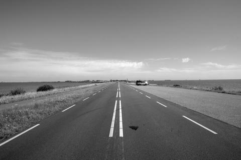 Empty Highway Going To Marken The Netherlands 6-8-2020 フォト