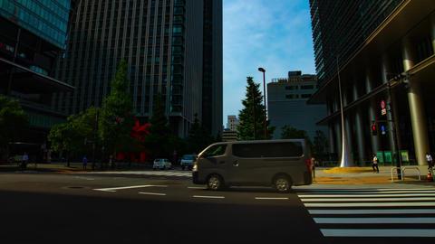 A timelapse of traffic jam at the business town in Tokyo wide shot tilt ライブ動画