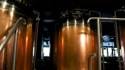Copper brew kettles red copper beer brewing tanks Live Action