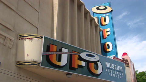 Medium shot of the marquee for the UFO Museum in Roswell,... Stock Video Footage