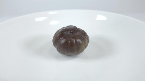 Peeled sweet chestnut019 Live Action
