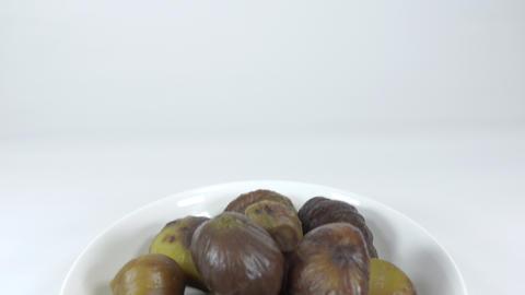 Peeled sweet chestnut050 Live Action