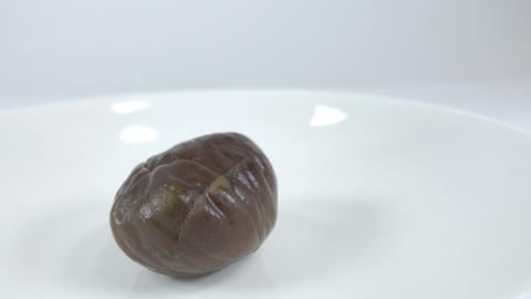 Peeled sweet chestnut004 Live Action