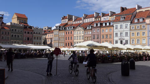 3 Beautiful Square In Historic Center Of Warsaw Poland Europe Live Action