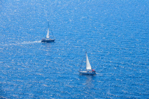 Sailing Yachts in the Blue Sea. Aerial View Fotografía
