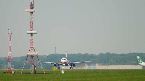 Austrian Airbus A320 departure Live Action