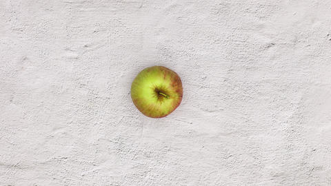 Green apple appear and move in circle. Stop motion CG動画
