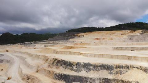 limestone quarry in the mountains ライブ動画