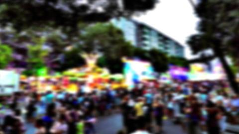 Big Crowds At Fairs 0