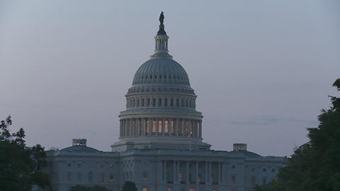 The Capitol Building in Washington DC at dusk Stock Video Footage